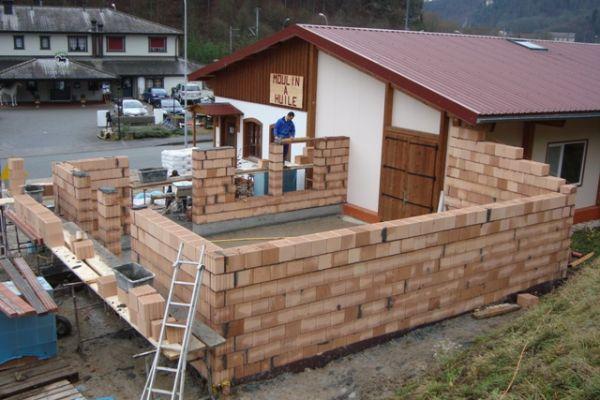 construction-mai-093807E2E3-00D1-FD34-3AC2-66ADCDAB4A45.jpg