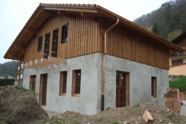 construction-mai-12A8850816-2F91-1B08-1459-A1E1D1139A65.jpg
